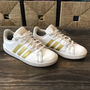 Adidas superstar tennis shoes